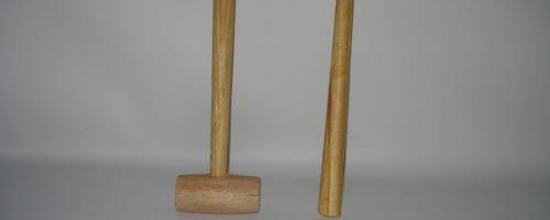 Martelo de madeira